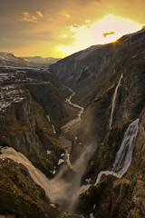 Beautiful Vringsfossen (Johannes Heine) Tags: sunset sun snow mountains water beautiful norway norge waterfall view wasserfall may norwegen poetic foss majestic 2008 vringsfossen fossen 5photosaday voringsfossen platinumphoto megashot platinumheartaward voeringsfossen alemdagqualityonlyclub