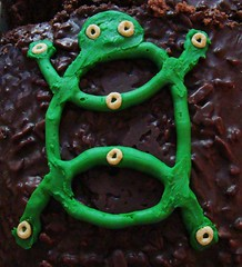 chocolate turtle (lightweaver) Tags: green cake ian shower turtle beth chocolate september babyshower 2007 locy