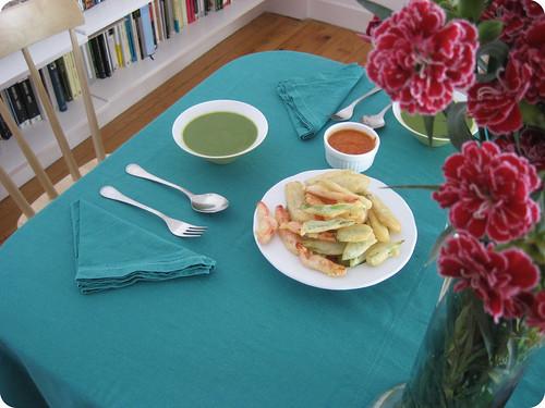 Tempura de verduras y crema de acelgas