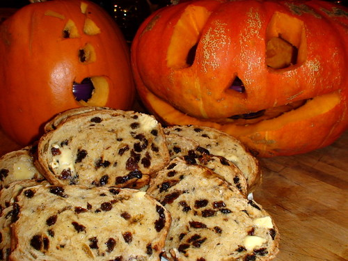 Halloween Barmbrack bread photo