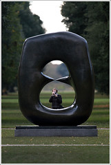 Discovering Henry (Ѕylvan) Tags: autumn trees england sculpture white green london art canon garden grey bravo photographer form f56 shape interested discovery henrymoore 600mm mywinners abigfave mooreatkew