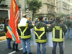 sciopero_generale11_07 013 (sonialombardo) Tags: napoli manifestazione scioperogenerale