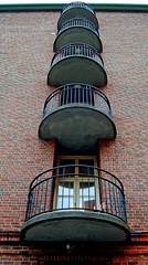 Cages for humans (atranswe) Tags: gteborg searchthebest sweden gothenburg sverige sahlgrenska diamondclassphotographer flickrdiamond nikon40d dsc7136 theperfectphotographer atranswe 20080206