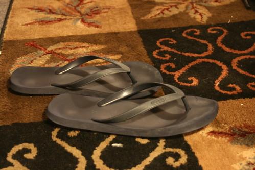 sandals flipflops rug