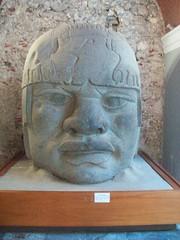 replica cabeza olmeca (ana_conde) Tags: cabeza museo olmeca