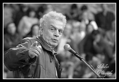 Panos Savvopoulos (andzer) Tags: portrait people bw castle dark concert audience anniversary political memories courtyard andreas greece prison macedonia jail thessaloniki colonel performer junta panos gedi salonica beliefs imprisoned ελλάδα κάστρο συναυλία koule zervas θεσσαλονίκη savvopoulos χούντα andzer ζέρβασ ανδρέασ γεντί κουλέ