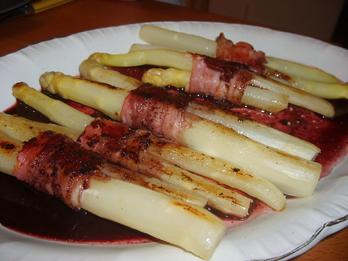 Red Wine and Lard Asparagus