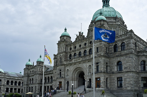 Canucks Fever – Premier Clark flies the Canucks flag