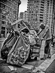 160/365 - June 9, 2011 - Heat Exhaustion (Shane Woodall) Tags: street blackandwhite newyork june manhattan 365 2011 project365 silverefexpro olympusepl1 3652011 shanewoodallphotography