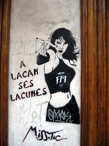 miss.tic graffiti in Paris with the words, A Lacan ses Lacunes (Lacan has its gaps (lacks?))