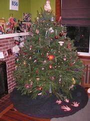 Xmas tree skirt FTW!
