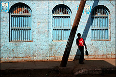 blue Aden (Maciej Dakowicz) Tags: street city travel boy people tourism architecture town asia south arabia yemen aden fds24h