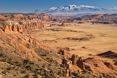 Upper South Desert Overlook (Marc Shandro) Tags: capitolreef cathedralvalley henrymountains