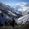 keep going... (littleboat5) Tags: nepal mountain snow trek circuit annapurna himalayas day43 4200m himalayas2007 trekkingday11 churiledar