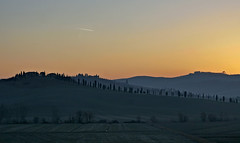 Morning light (hbothmann) Tags: morgenlicht morninglight sonnenaufgang sunrise cretesenesi toskana tuscany toscana variosonnar247028za