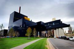 Guthrie Theater (jpnuwat) Tags: minnesota architecture minneapolis guthrietheater gnd dsc6433 1424mm 0520101