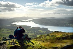 Room at the top (gms) Tags: uk england view lakes lakedistrict cumbria hilltop windermere thermos climbers bownessonwindermere wansfellpike nobobblehatsthough