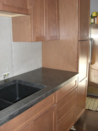 09.kitchen_cabs_ctr_w