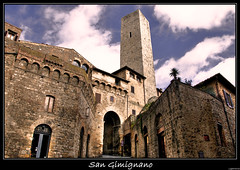 Welcome to San Gimignano ( LightMirror) Tags: city urban italy architecture italia raw medieval tuscany siena sangimignano toscana hdr lightmirror thebestofday gnnenyisi hccity
