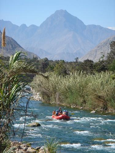 Río Cañete - Lunahuana por Claudia Relayze.