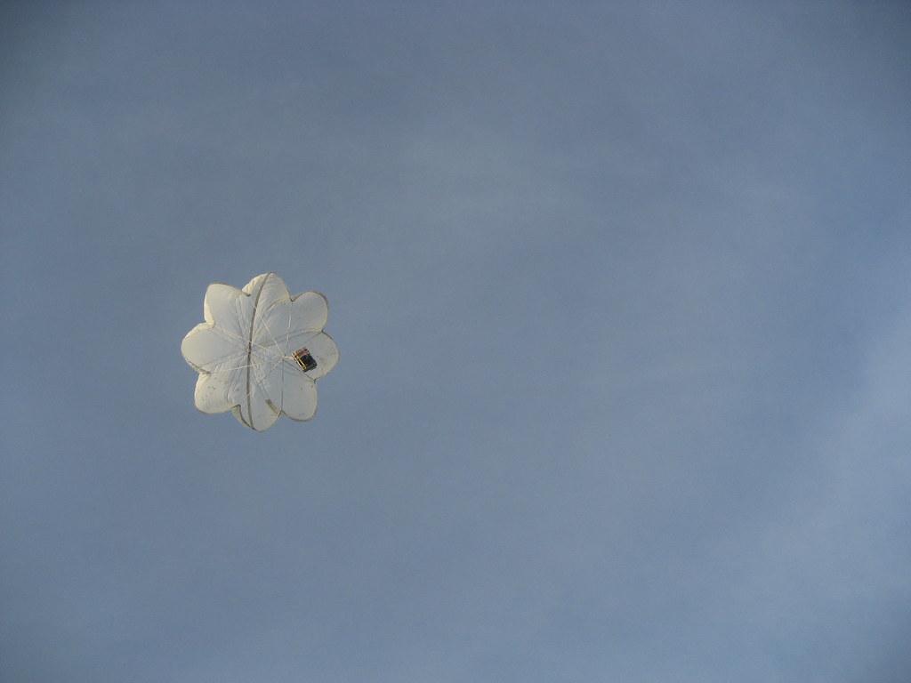 26 - Jan - 2008 - Parachute!