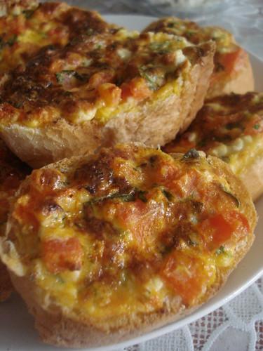 yumurtalı,peynirli ekmek 010
