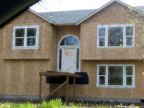 Front Door: Centered