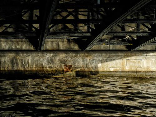 Under en bro 2