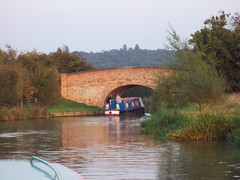 Bridge, Canal Boat (crwilliams) Tags: bridge boats canal date:year=2005 date:month=september date:day=22 date:hour=18 date:wday=thursday