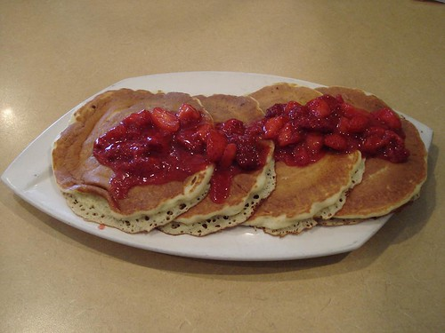 Juicy-OStrawberryPancakes
