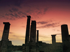 Judgment Day (Sator Arepo) Tags: light red sky eye backlight movie landscape fire reflex eyes ancient ruins day roman columns olympus pompeii pompeya zuiko judgment e500 uro 1454mm zd1454mm retofz080528