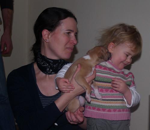 Julia und Emma mit Anukis