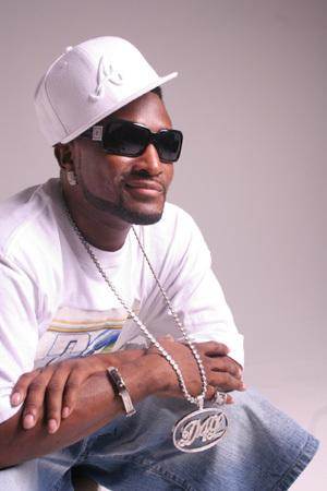 new shawty lo song called foolis from his UNITS IN DA CITY ALBUM