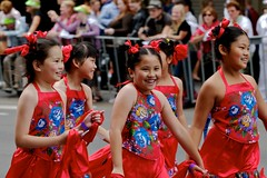 Chinese New Year (yewenyi) Tags: street new girls ny girl festival kids laughing children asian happy community sydney australia chinesenewyear newyear parade celebration event cny nsw newsouthwales cbd  aus syd 2008 lunarnewyear centralbusinessdistrict pc2000 springfestival  oceania  lny  auspctagged  cnyparade  yearoftherat cny2008 cny08 6   6th cnysydney2008 agrariancalendarnewyear