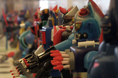 Robot Toys (Aaron Webb) Tags: japan toy robot washingtondc dc kennedycenter robottoy