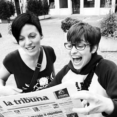 gioia!!!!!!!! (kilometro 00) Tags: street portrait urban bw italy portraits strada italia foto streetphotography streetportrait bn ritratti ritratto biancoenero treviso citt gioia allegria luoghi veneto spazi bwemotions urbani trevision fotografidistrada