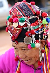 phoni (jumbokedama) Tags: phongsali phongsaly ponsaly phongsalylaos trekkingphongsaly remotelaos ethnchilltribes hilltribes colorfulhilltribes akha akhahilltribes hilltribejewelry hilltribeheadgear trekkinglaos laostrekking laosethnicpeople villagesinlaos laovillages laosculture ehtnicculturelaos amazing trekking