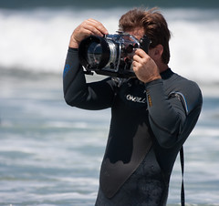 Guy with underwater camera (San Diego Shooter) Tags: dog dogs bay surf sandiego streetphotography competition resort coronado loews imperialbeach ikelite surfdogs sandiegopeople sandiegostreetphotography dogssurfing