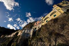 Amalfi Houses (Philipp Klinger Photography) Tags: houses sky italy rock clouds coast amalfi amalfitana anawesomeshot superaplus aplusphoto dcdead