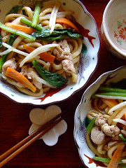 Stir-fried udon (yaki udon) (bananagranola (busy)) Tags: food cooking vegetables japan japanese udon homemade noodle japanesefood mediterrasian whetgobblefrolic