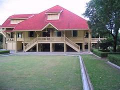 Daraphirom Palace Museum