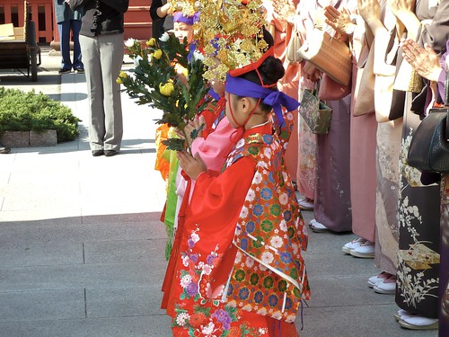 Little girl in a Buddhist ceremony