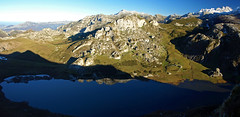 Lago Ercina desde el Pico del Bricial (jtsoft) Tags: mountains landscape asturias olympus ercina picosdeeuropa e510 cangasdeons lagosdecovadonga zd1454mm jtsoftorg