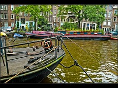 Amsterdam at summer 2007.(118) (Izakigur) Tags: summer holland netherlands amsterdam boat canal nikon europa europe flickr feel kanal d200 mokum nikond200 iloveamsterdam izakigur nikond200europeeuropafeelflickr izakigur2007 izakigurholland