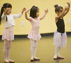 Three Ballerinas (arkworld) Tags: ballet jessie ballerina balletclass public4now