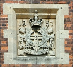 Loyal North Lincoln Militia, Old Barracks, Burton Road, Lincoln (Lincolnian (Brian)) Tags: england beautiful interesting lincolnshire lincoln abc insignia oldcity supershot oldbarracks p1f1 aplusphoto loyalnorthlincolnmilitia