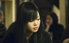 PUB (LluisGerard) Tags: portrait girl face japan night japanese tokyo cool pub nikon pretty chica retrato shibuya d70s sigma   japonesa nihon jap retrat japn  toquio shibuyaku tquio sigmaapo70200mmf28exdghsmmacro