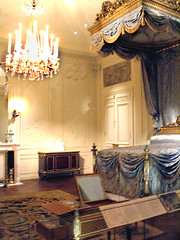 Sweet Dreams IMG0022 (Lanterna) Tags: french bed lanterna metmuseum canopybed 18thc periodroom testerbed wrightsmangalleries