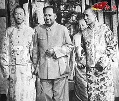 "Old pic tell true story~Chairman Mao teach Dalai Lama: ""You should be a useful man to China, don't be an offender"" (guccio@) Tags: china great tibet mao lama  chairman dalailama dalai chairmanmao"