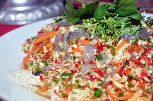 raw prawn salad